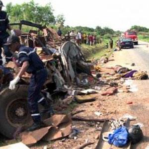 CAMEROUN :: Accident de la circulation : 19 morts sur l�axe Garoua-Boula�-Meiganga  :: CAMEROON