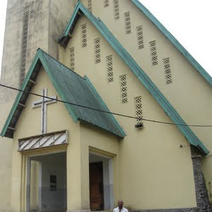 CAMEROUN :: EGLISE : L�immoralit� sexuelle s�installe :: CAMEROON