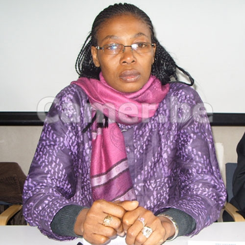 CAMEROUN :: Mme Maximilienne C. NGO MBE du REDHAC recompens?e ? Berlin :: CAMEROON